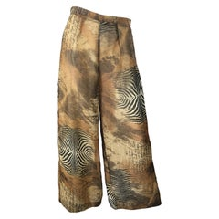 Amazing 1990s Footprints in the Sand Novelty Print Wide Leg Vintage 90s Pants
