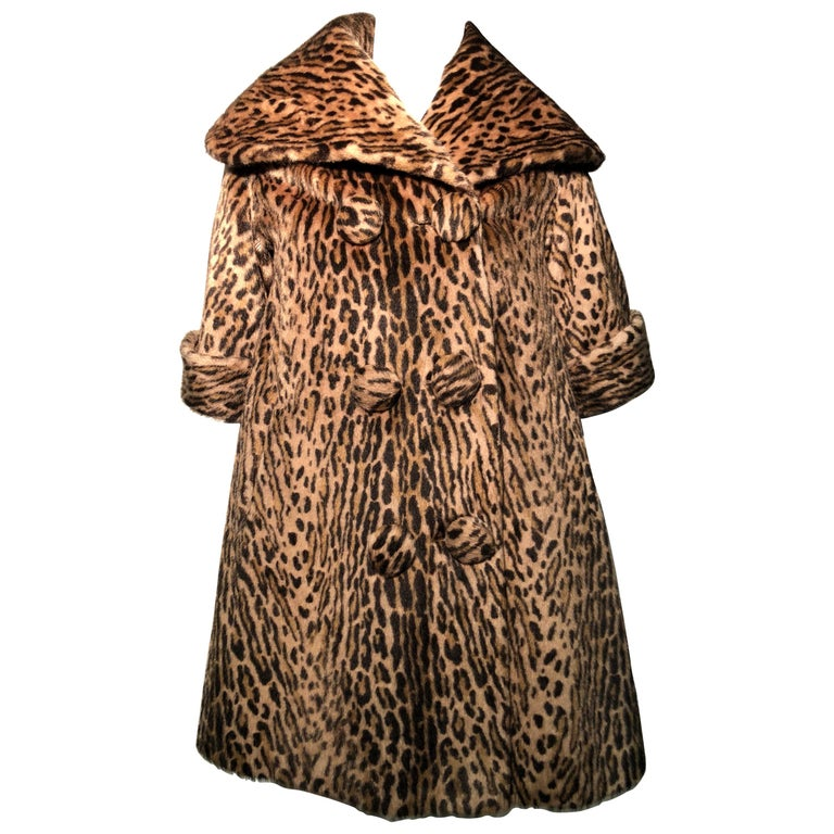 1950s Kashan Faux Leopard Fur Swing Coat With Shawl Collar  For Sale