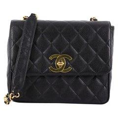 Chanel Vintage CC Gesteppte Kaviar Überschlagtasche, Medium