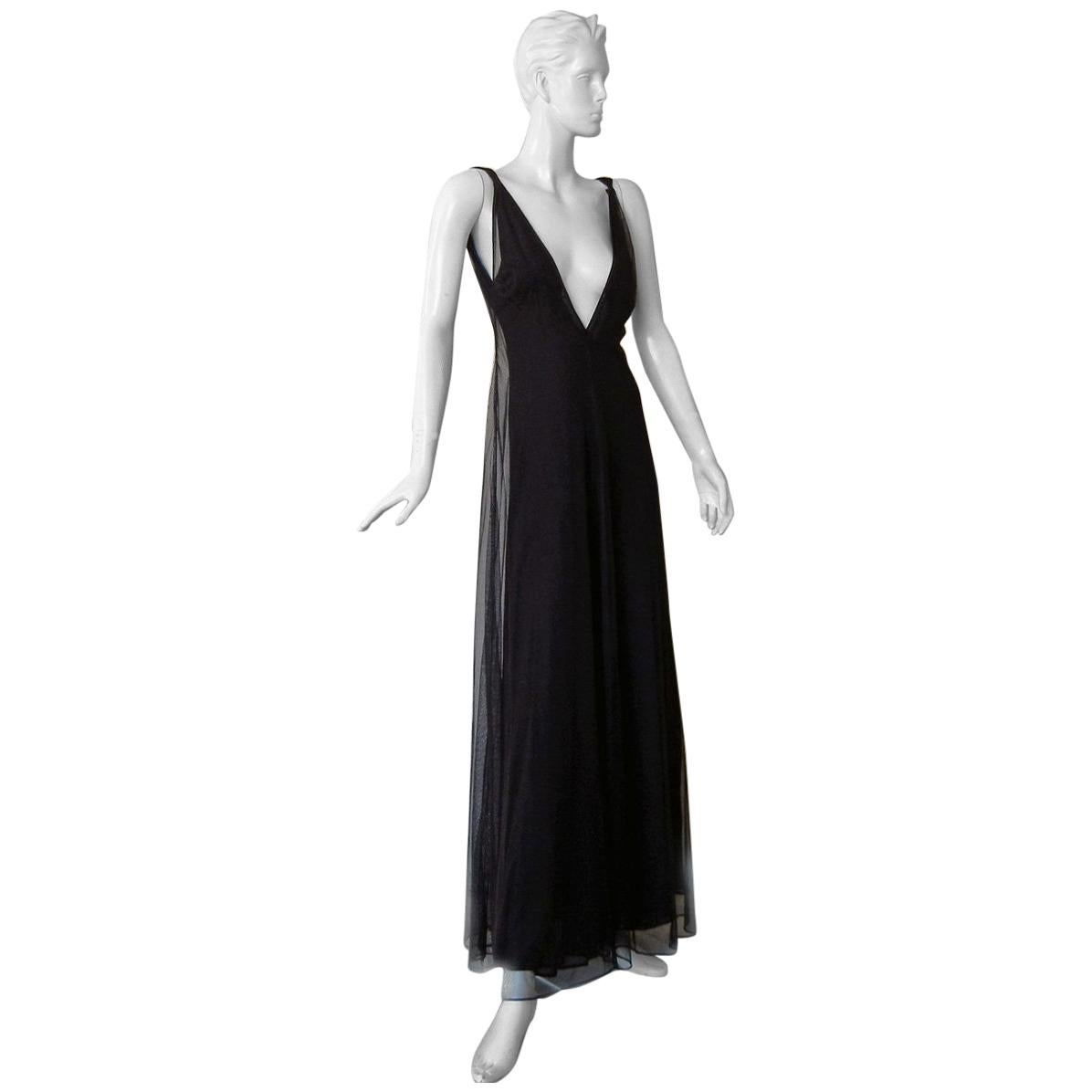 Gucci NWT 1998 Plunging Neckline Ethereal Dress Gown   Rare from this collection