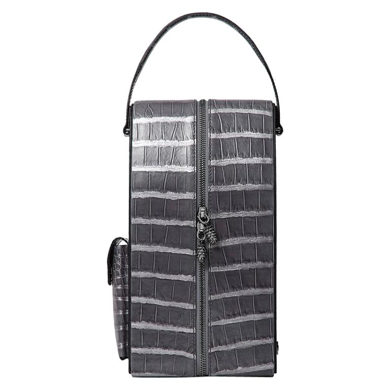 David wine bag in gray metallic alligator