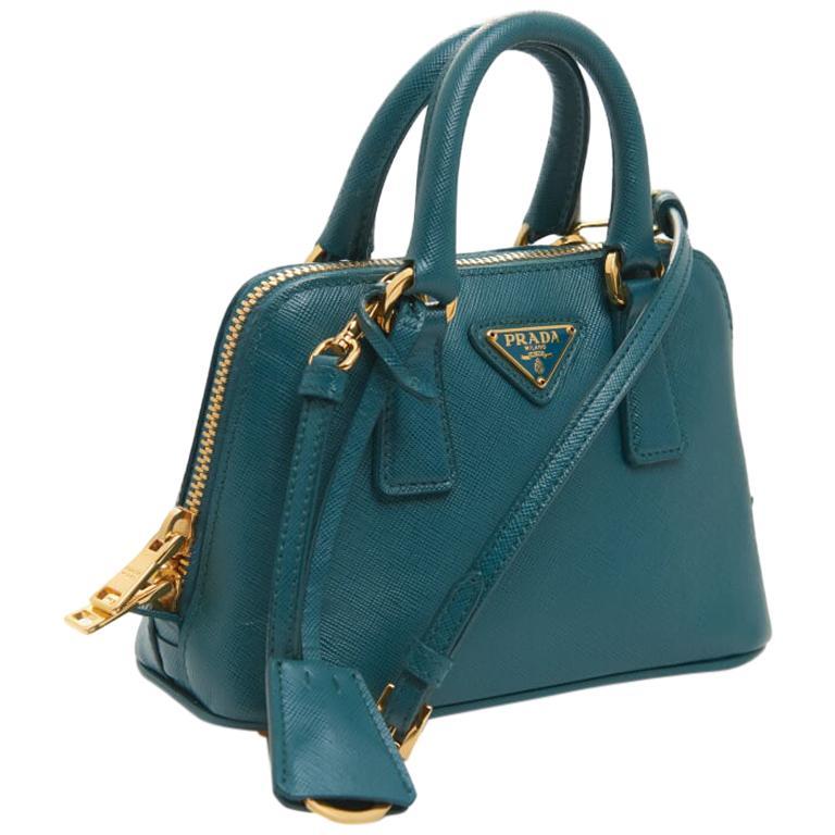 fb276251433b Prada mini promenade saffiano luxe bag For Sale at 1stdibs