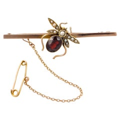 Victorian 9ct Gold Oval Faux Garnet and Natural Seed Pearl Bee Bar Brooch
