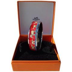 Hermès Enamel Printed Bracelet Elephants Grazing Red Size 65 Phw RARE