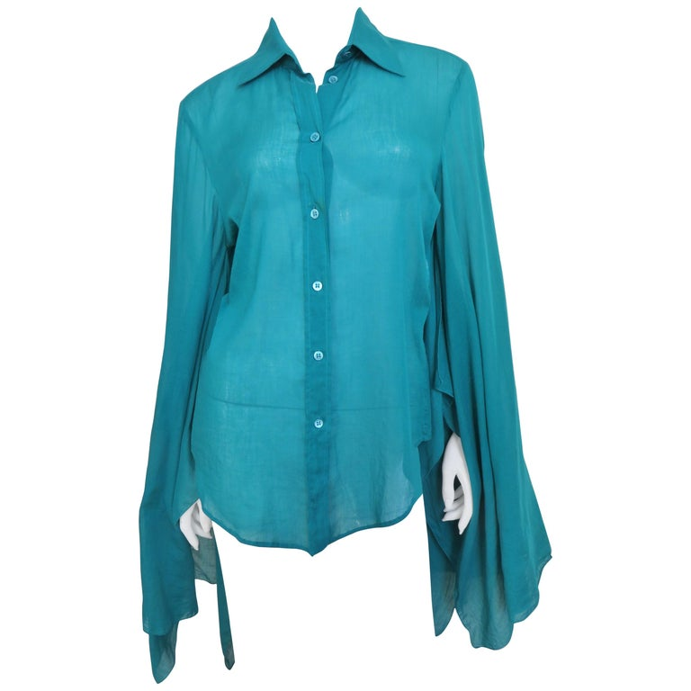 8d3f86b1 Gucci Angel Sleeve Shirt For Sale at 1stdibs
