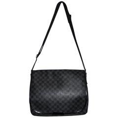 Louis Vuitton Damier Graphite MM Messenger Bag