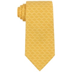 HERMES Yellow Geometric Lattice Print 5 Fold Silk Necktie Tie 5088 PA
