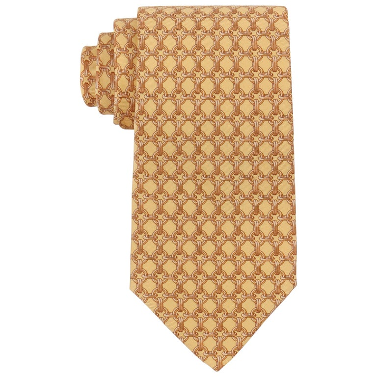 HERMES Butter Yellow Chain Link Print 5 Fold Silk Necktie Tie 59 EA For Sale