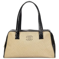 8e5a5b96fff3 Wool Handbags - 97 For Sale on 1stdibs