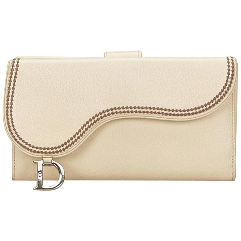 37d03a53b0fa7 Dior Weißem Leder Sattel Brieftasche bei 1stdibs