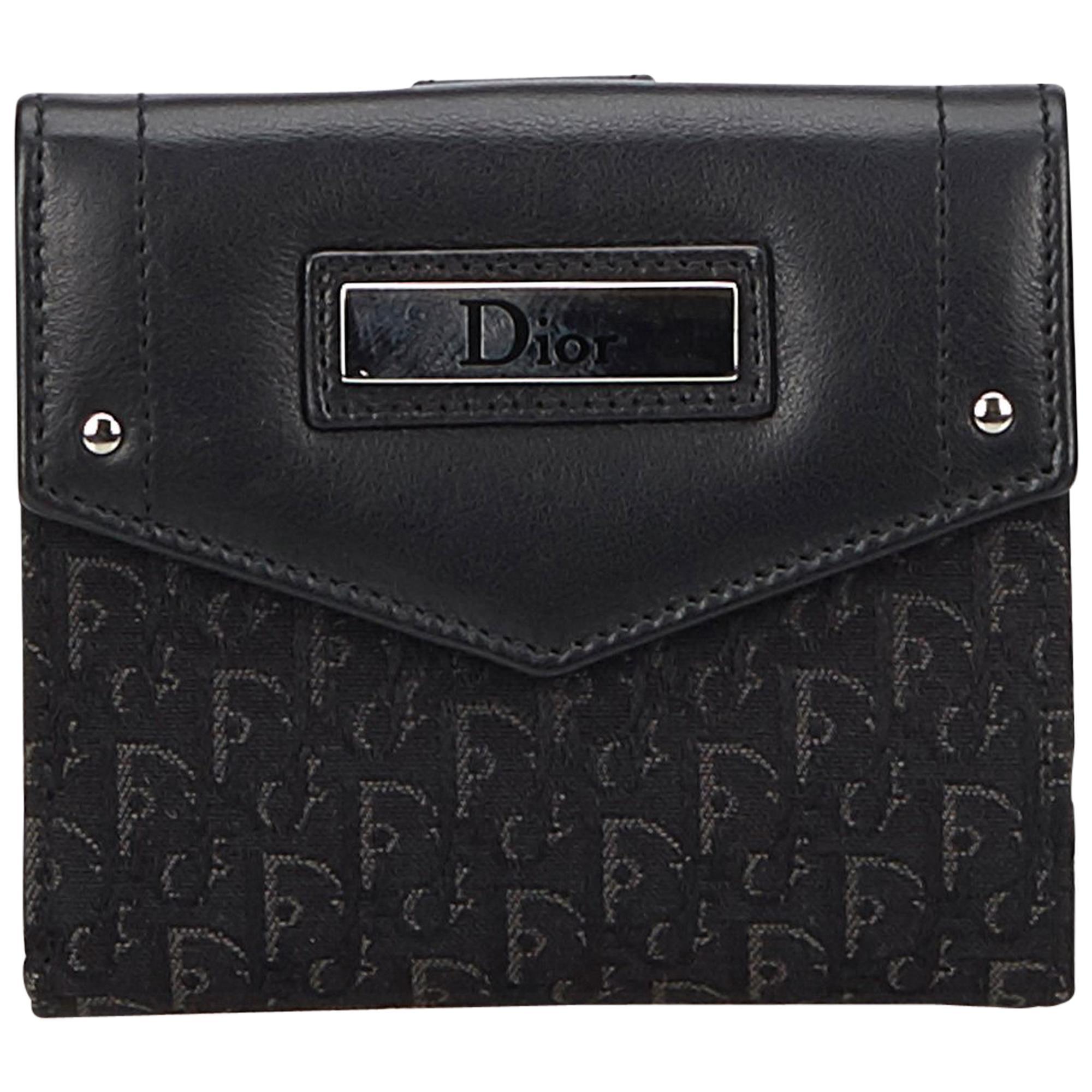 1c3364c0c557a Dior Black Schräge Kleine Brieftasche im Angebot bei 1stdibs