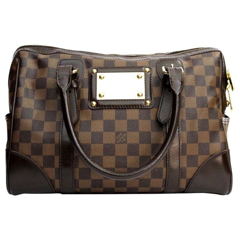 LOUIS VUITTON Damier Canvas Berkeley Bag For Sale at 1stdibs 77f735d2c5e83