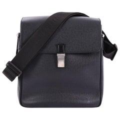 Louis Vuitton Yaranga Messenger Bag Taiga Leather Medium