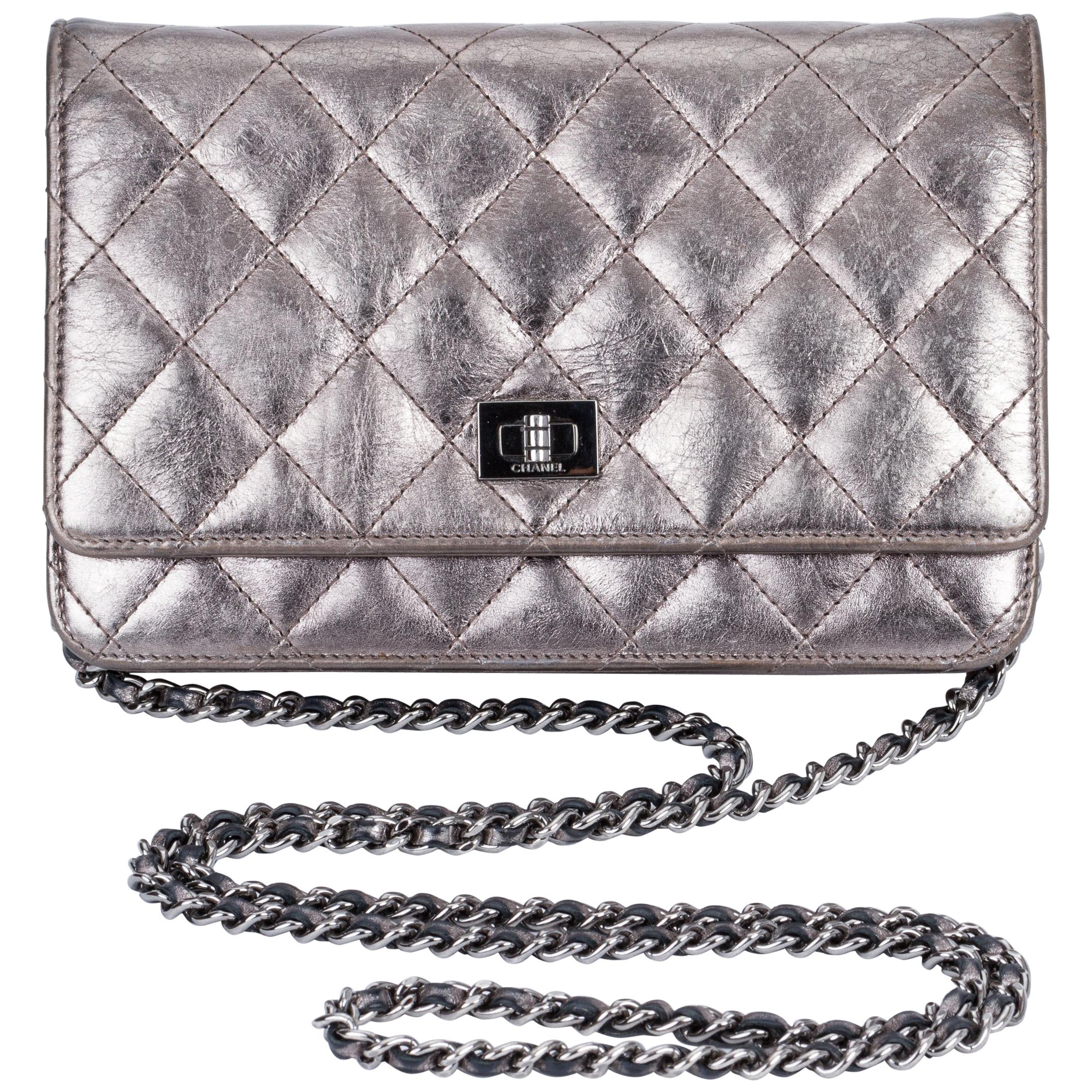 c177c2fd921b Chanel Reissue Pewter Wallet On A Chain Crossbody Bag at 1stdibs