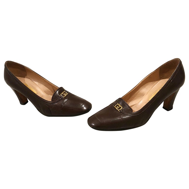 077d5b6e1e8 Vintage Gucci 1970s Sz 7.5 Chocolate Brown High Heel 70s Loafers Shoes For  Sale