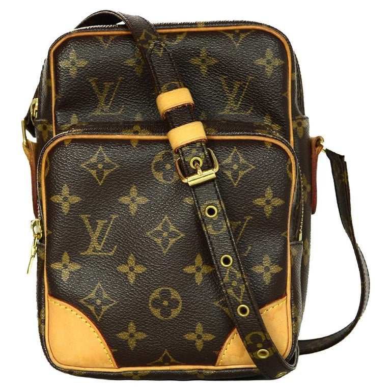 122a71a3dfc7 Louis Vuitton Brown Monogram Canvas Amazon PM Crossbody Bag For Sale at  1stdibs
