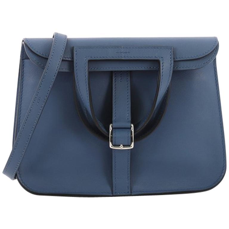 f6e6ce724f29 Hermes Halzan Handbag Swift 22 For Sale at 1stdibs