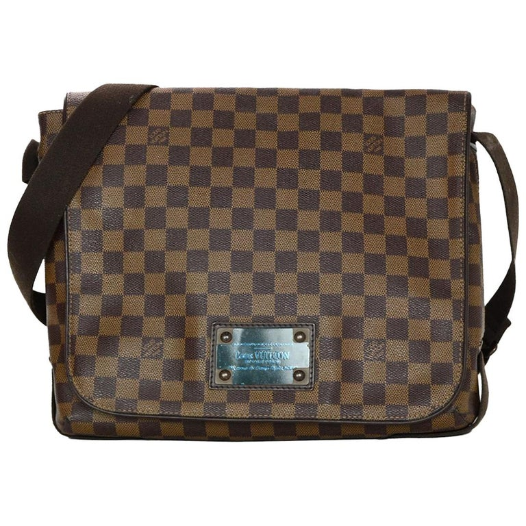 aba7590e55f7 Louis Vuitton Brown Damier Ebene Canvas Brooklyn MM Messenger Crossbody Bag  For Sale