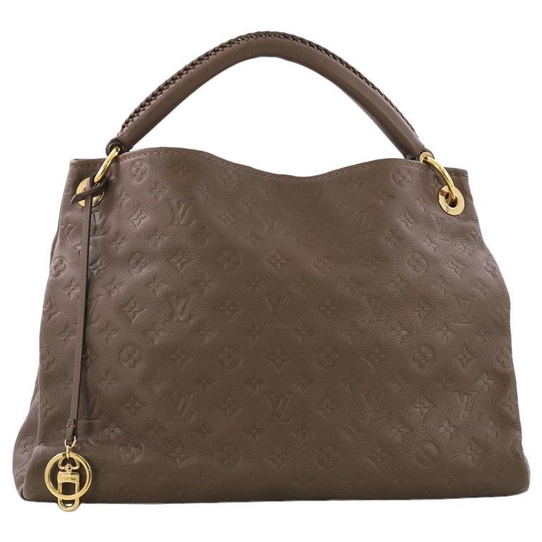 288b39cf2ad58 Louis Vuitton Artsy Handtasche Monogram Geprägtes Leder MM im Angebot bei  1stdibs