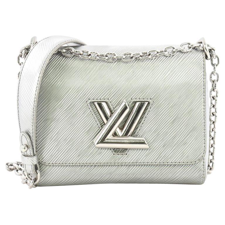 564e98218f860 Louis Vuitton Handtasche Epi Leder PM im Angebot bei 1stdibs