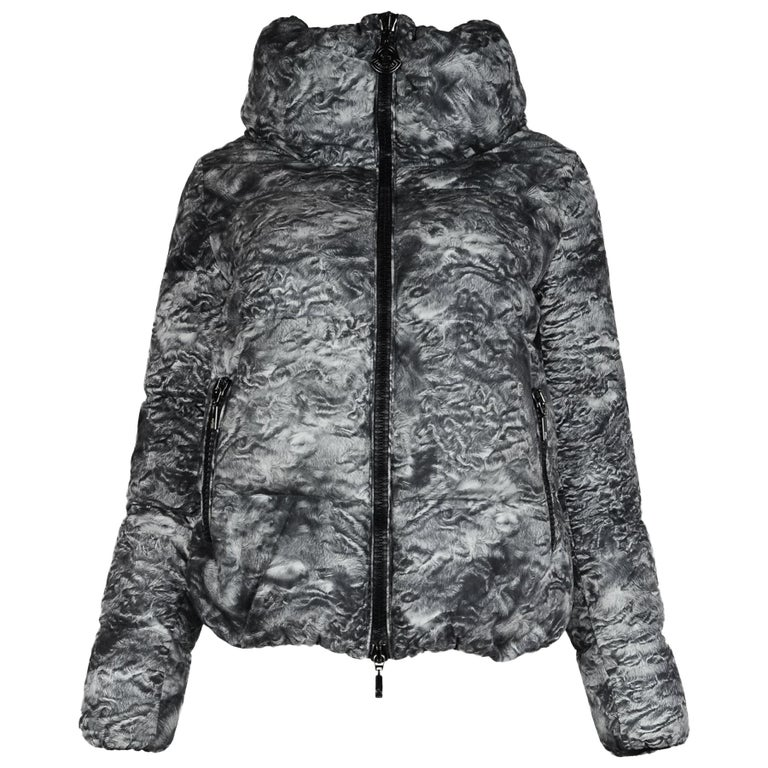 Moncler Grey Ratel Astrakhan Print Zip Front Puffer Jacket Sz 1/Small For Sale