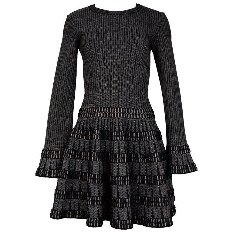 Alaia Black & Beige Fit & Flare Dress Sz 40 For Sale