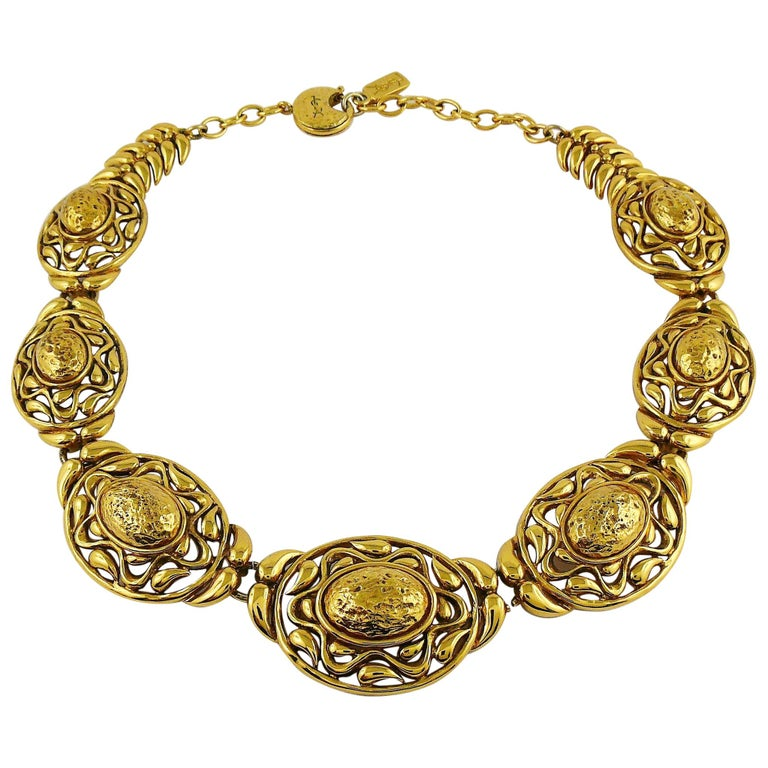 Yves Saint Laurent YSL Vintage Textured Nugget Oval Swirl Necklace For Sale