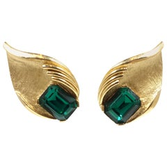 Vintage Signed Trifari Emerald Green Crystal & Gold Tone Earrings