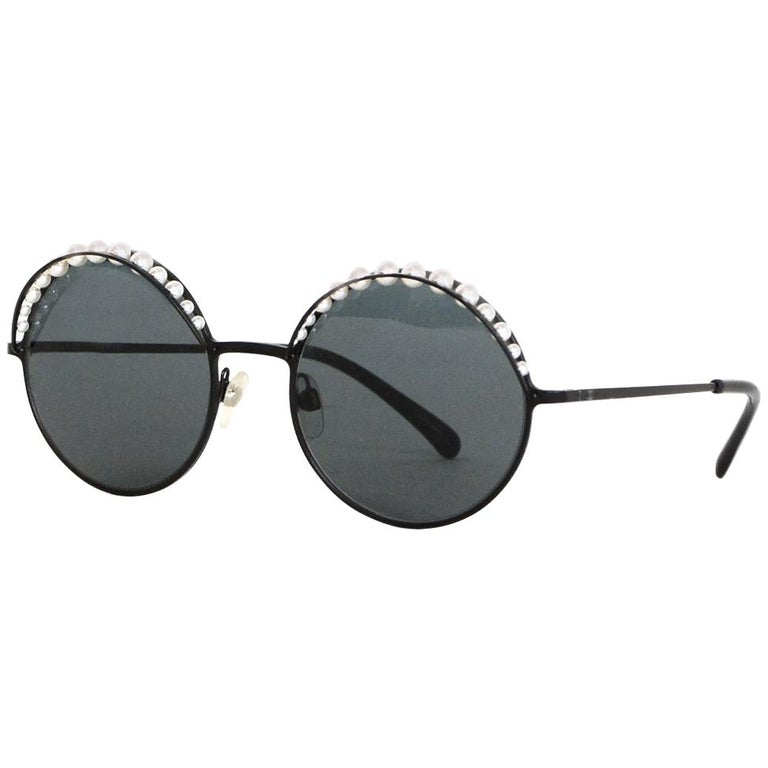 89760979a2 Chanel Black Round Sunglasses W  Pearls and Case For Sale at 1stdibs