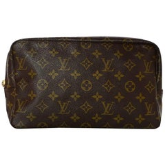 Louis Vuitton 1980's Vintage LV Monogram Trousse Toilette 28 Cosmetic/Travel Bag