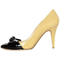 Miu Miu Nude/Black Cap Toe Patent Pumps W/ Bow Sz 38