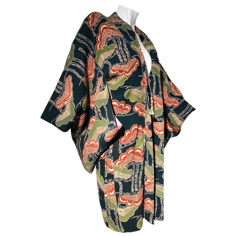 1940er Jahren traditioneller Seidenkimono in stilisierten Ginko Druck Grün Orange & Schwarz 1