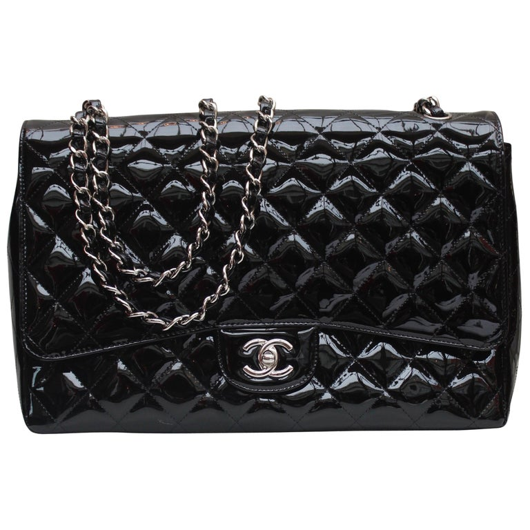 Chanel gorgeous black patent leather, 2009 – 2010 For Sale