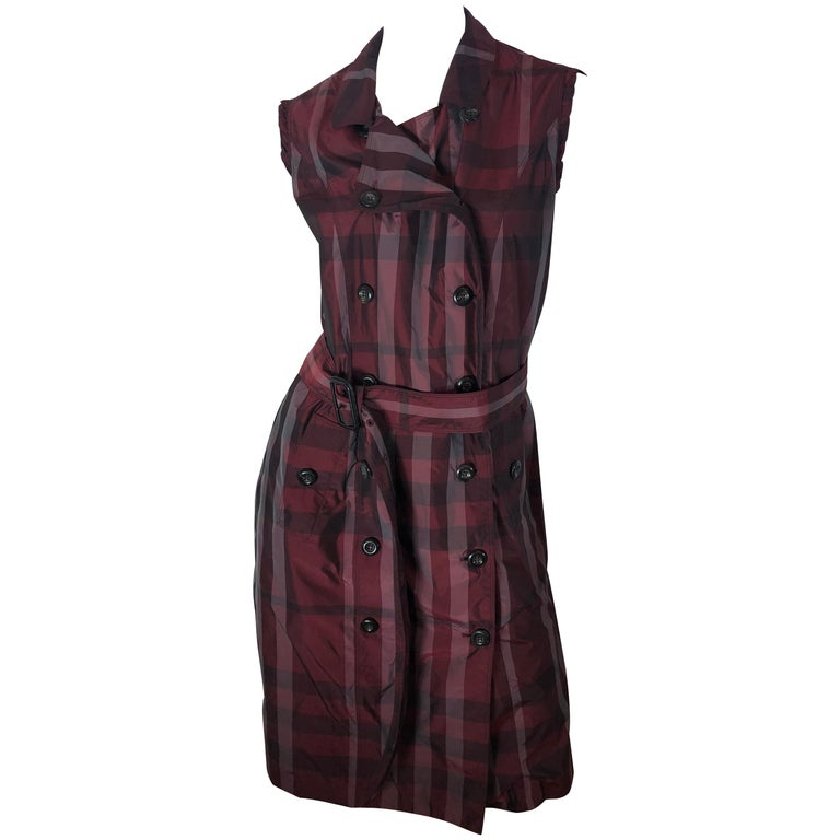 9046ca423c3 Burberry London Double Breasted Dress For Sale at 1stdibs
