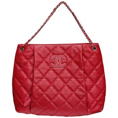 Chanel cherry red quilted leather tote bag, 2010's