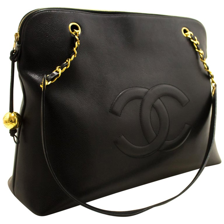 97599fee866a CHANEL Caviar Jumbo Large Chain Shoulder Bag Black Zip Gold CC For Sale