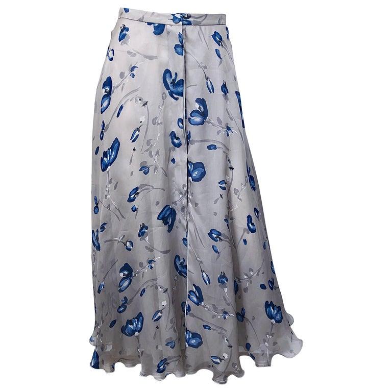 55ba188728a5c0 Vintage Giorgio Armani hell grau + blau Aquarell Blumen Maxi Seidenrock 1