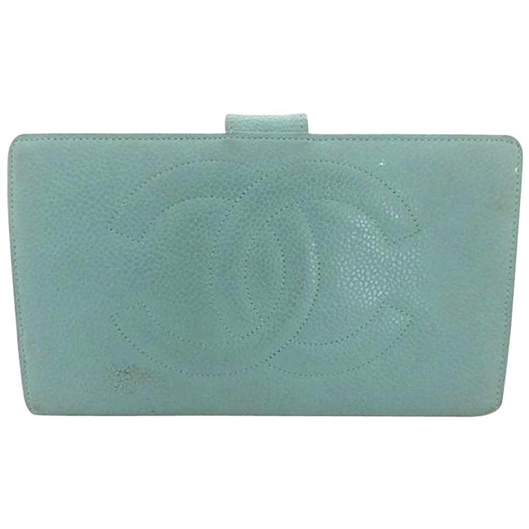 8a9d9afe1940 Chanel Blue ( Rare ) Caviar Leather Cc Bifold Long 216028 Wallet For Sale