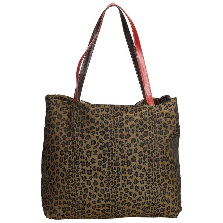 a94190bb2dcc Fendi Brown Reversible Leopard Print Canvas Tote Bag For Sale at 1stdibs