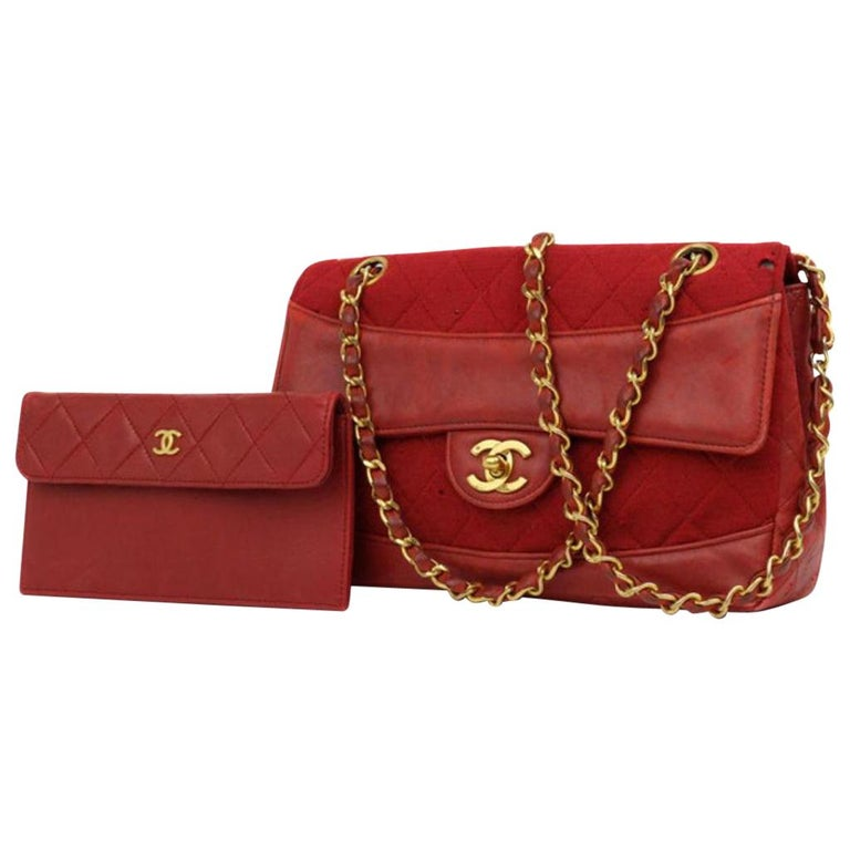 034f55f4aaf2bf Chanel Classic Flap Quilted 220709 Red Leather Shoulder Bag at 1stdibs