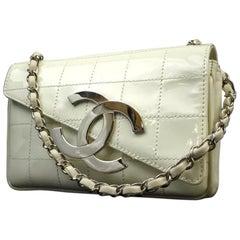 Chanel Jumbo Cc Logo Zig Zag 221349 White Patent Leather Shoulder Bag