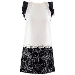 Giambattista Valli Monochrome Floral Embroidered Shift Dress US 2