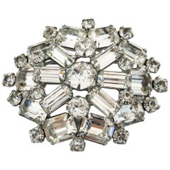 1950s Weiss Brooch with Clear Rhinestones