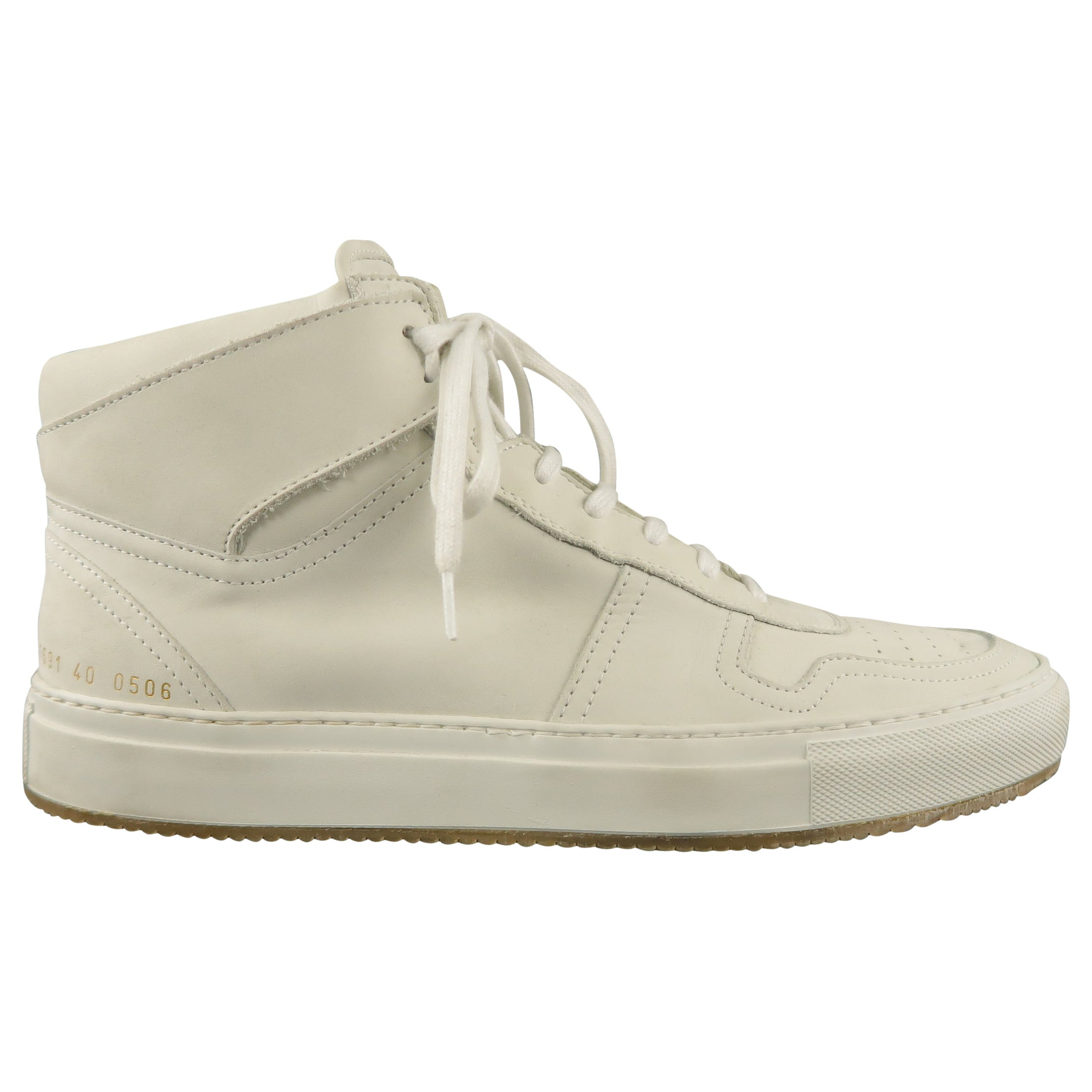 358033972044e COMMON PROJECTS Size 7 Off White Solid Leather High Top Sneakers at 1stdibs