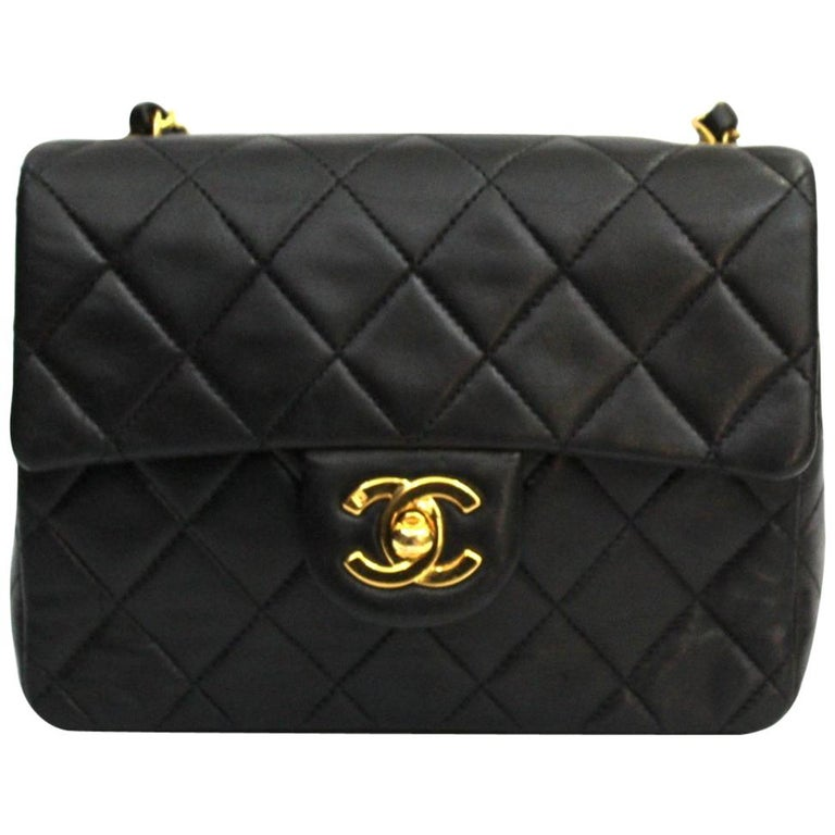 bc1b3db282f1 90s Chanel Black Leather Mini Flap Bag For Sale at 1stdibs