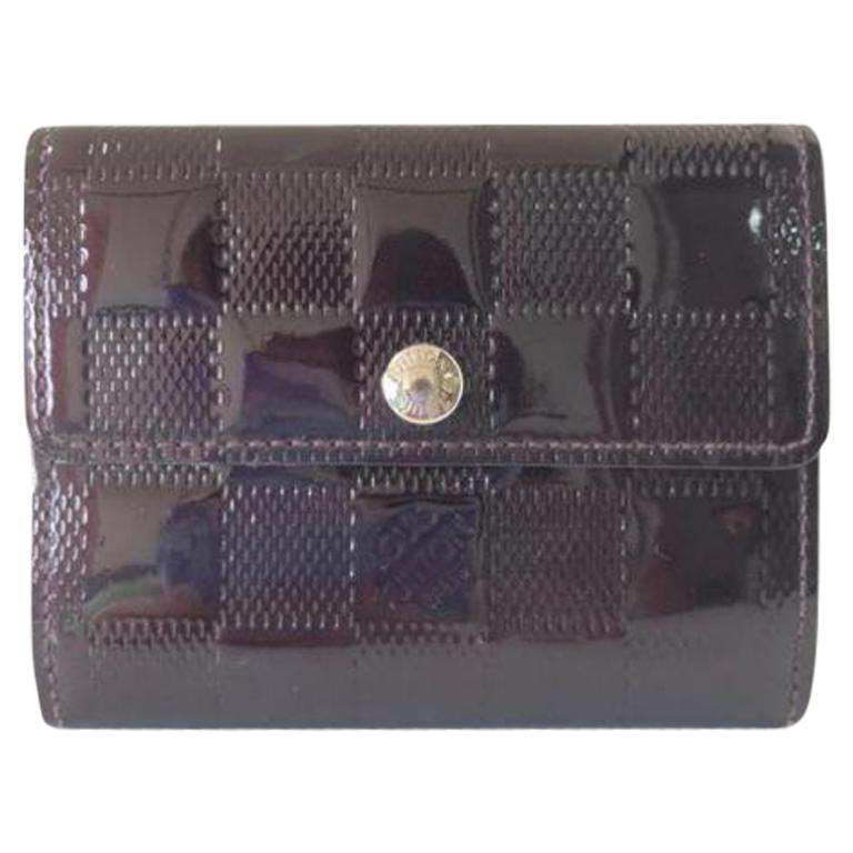 cc12706341dc Louis Vuitton Bordeaux Amarante Damier Vernis Coin Pouch 231115 Wallet For  Sale at 1stdibs
