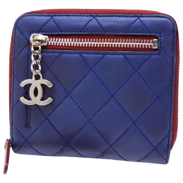 a578dd9bbdbd Chanel Blue Bicolor Quilted X Red Compact Zip Around 232711 Wallet For Sale  at 1stdibs