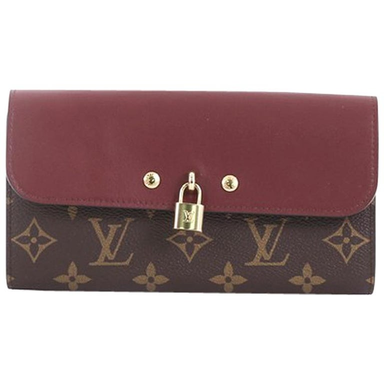 0bb39eb5b9c5 Louis Vuitton Venus Wallet Monogram Canvas and Leather For Sale at ...