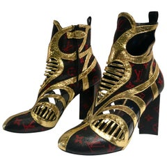 Rare Louis Vuitton Runway Infrarouge Queen of Hearts Ankle Boots Size 41
