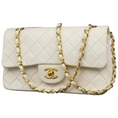 Chanel Classic Flap Quilted Lambskin 229517 White Leather Shoulder Bag